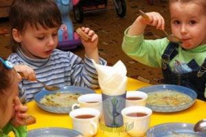 Питание в частном детском саду