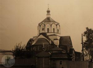 Деревянная Успенская церковь на Ильинской горе