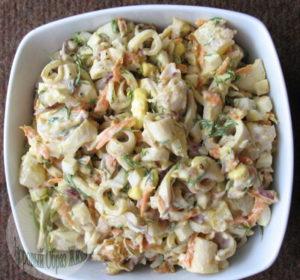 Салат из кальмаров под майонезом